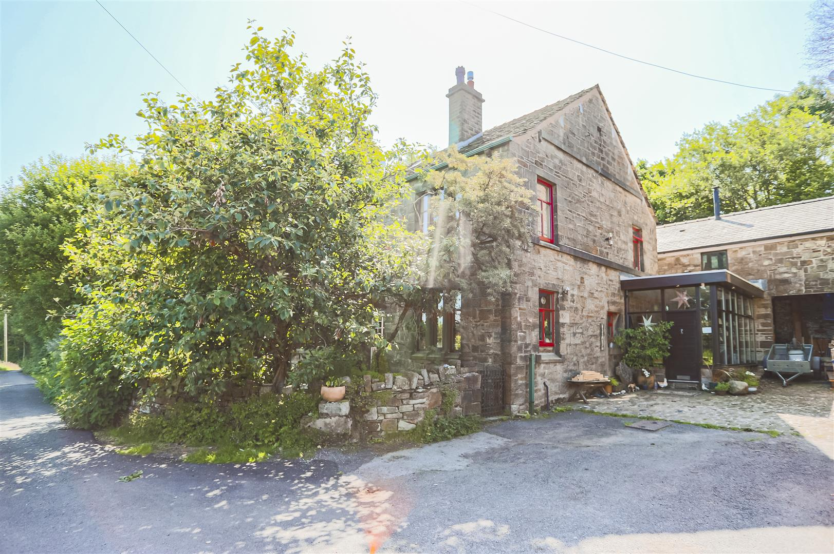 5 Bedroom Farmhouse For Sale - Image 85